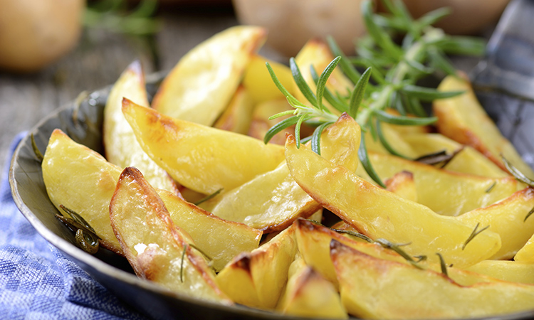 This simple oven-fried potato recipe is a healthy alternative for ...