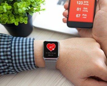 Wearable Devices are Convenient for Monitoring Heart Rhythms