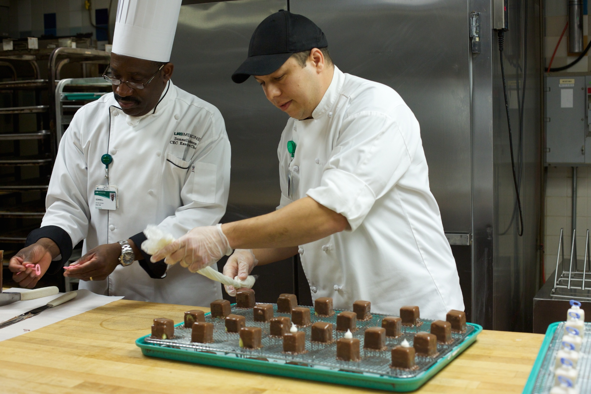 food and nutrition services uab medicine food and nutrition services at uab medicine is an opportunity to improve your culinary skills learn how to cook specialized equipment